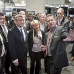 Bundesgesundheitsminister Hermann Gröhe informiert sich über das Arzneimittel-Informationssystem der Dosing GmbH.