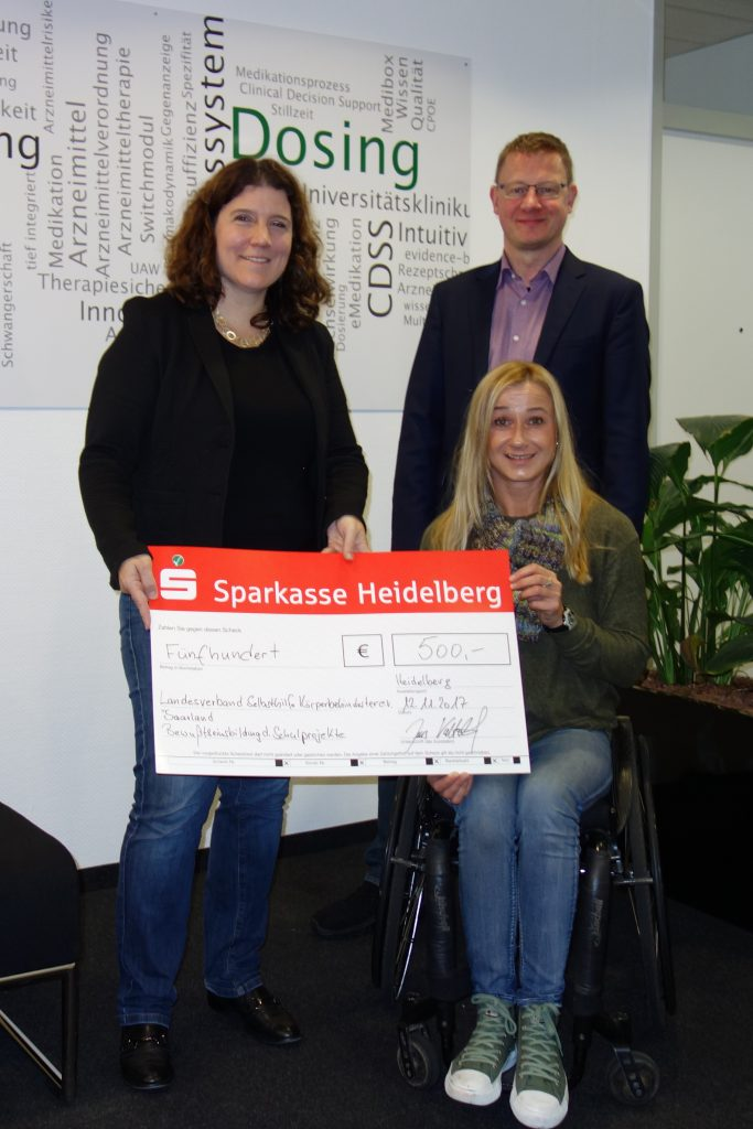 Spendenübergabe an Dunja Fuhrmann